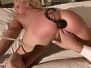 Извращенная секс-терапия для секс-маньяка. БДСМ рабство секс фильм. Медицинская клиника с извращенными врачами лечит больного по-другому ...