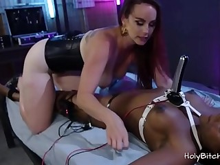 White domina playing with her black slave gal