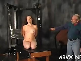 Tempting hottie is drilling her tight pie