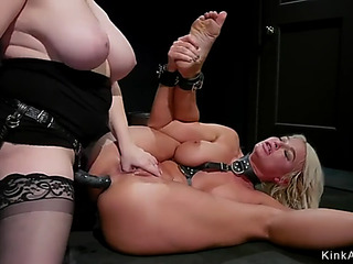 Breasty blond mother i'd like to fuck lesbo anal boned