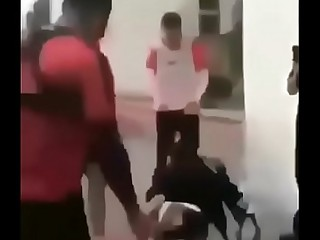anõ_es caindo professional pau